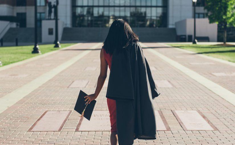 ¿Cuál es la diferencia entre un college y una universidad?
